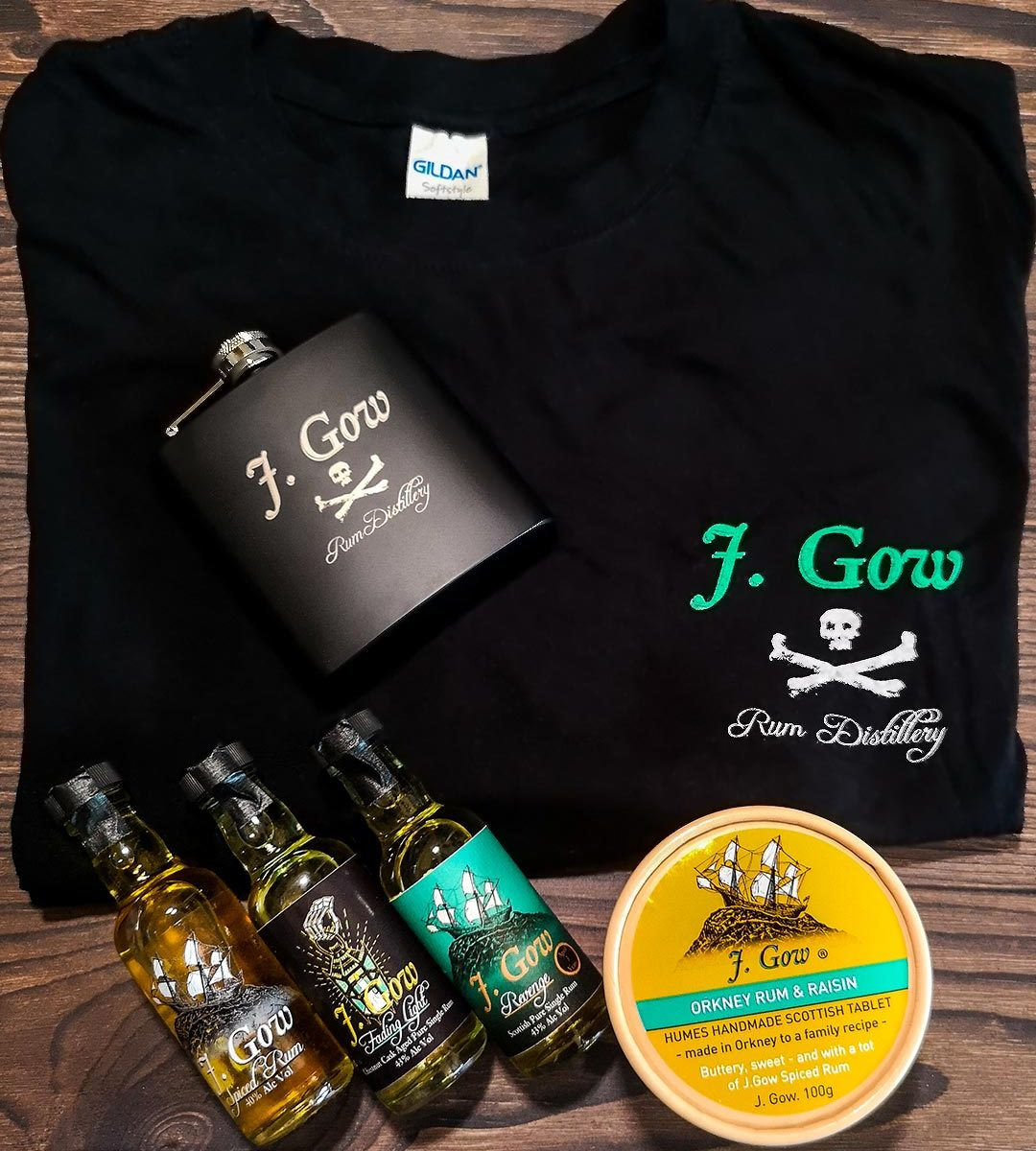 J gow pirate bundle 3 mini scottish rums and merch